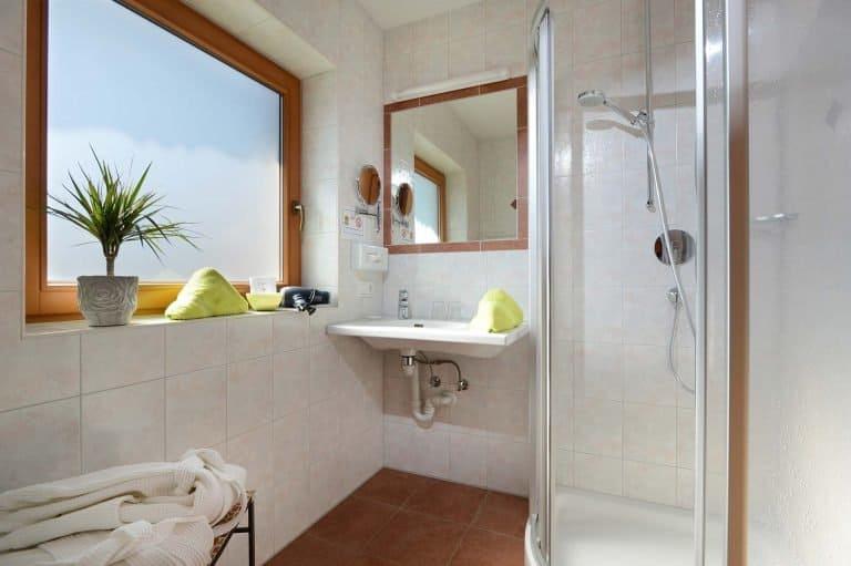 Badezimmer im Familienzimmer