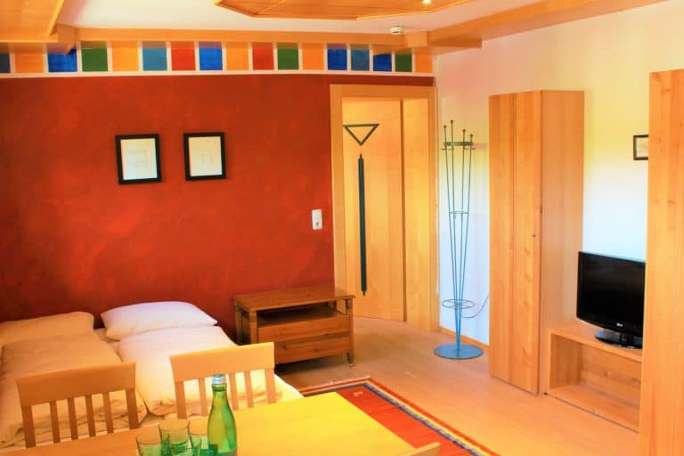 Familienzimmer mit separaten Kinderzimmer