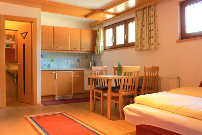 Familienzimmer mit Küche