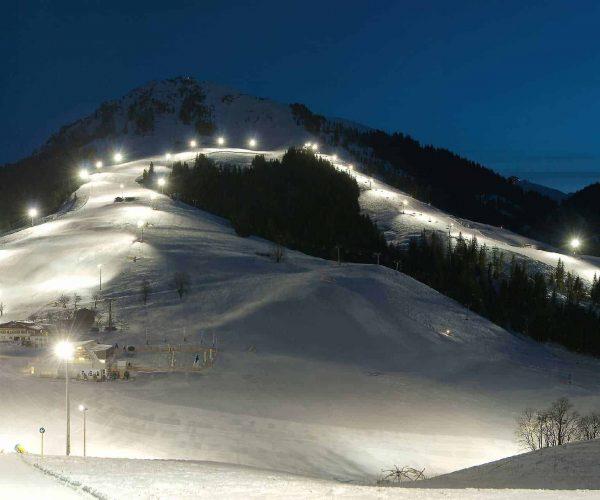 Nachtskifahren in der SkiWelt Söll